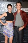 Celebrities Wonder 24957866_shailene-woodley-mtv-vma_2.jpg