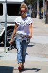 Celebrities Wonder 27329950_ashley-tisdale-studio_1.jpg