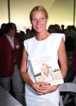 Celebrities Wonder 31826363_gwyneth-paltrow-Authors-Night_2.jpg