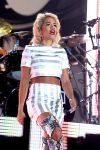 Celebrities Wonder 37911720_rita-ora-v-festival_5.jpg