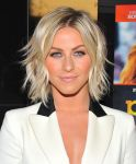 Celebrities Wonder 38954520_julianne-hough-paradise-screening_7.jpg