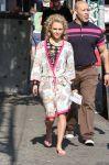Celebrities Wonder 39153016_annasophia-robb-set-of-The-Carrie-Diaries_7.jpg