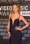 Celebrities Wonder 40222612_taylor-swift-2013-mtv-vma_4.jpg