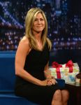Celebrities Wonder 41793900_jennifer-aniston-Late-Night-With-Jimmy-Fallon_8.jpg