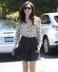 Celebrities Wonder 42737407_emmy-rossum-lunch_5.JPG