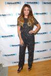 Celebrities Wonder 47429979_vanessa-hudgens-SiriusXM-Studios_1.JPG