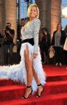 Celebrities Wonder 47937456_rita-ora-mtv-vma-2013_2.jpg