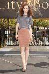 Celebrities Wonder 50134740_lily-collins-The-mortal-Instruments-glendale_2.jpg