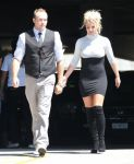 Celebrities Wonder 52425709_britney-spears-church_5.jpg
