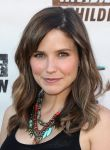 Celebrities Wonder 55296307_sophia-bush-Invisible-Childrens-4th-Estate-Leadership-Summit_5.jpg