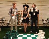Celebrities Wonder 56211001_dita-von-teese-Its-So-Miami-Lounge_2.jpg