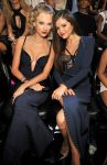 Celebrities Wonder 57147659_taylor-swift-2013-mtv-vma_6.jpg