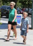 Celebrities Wonder 5795237_britney-spears-children_3.jpg