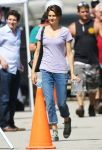 Celebrities Wonder 59905233_shailene-woodley-set-of-The-Fault-in-Our-Stars_2.jpg