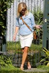 Celebrities Wonder 61164763_reese-witherspoon-venice-beach_4.jpg
