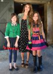 Celebrities Wonder 67465930_jessica-alba-ralph-lauren-girls-fashion-show_4.jpg
