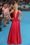 Celebrities Wonder 69021994_were-the-millers-london-premiere_Kimberley Garner 1.jpg