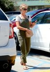 Celebrities Wonder 72875256_julianne-hough-in-overalls_3.jpg
