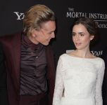 Celebrities Wonder 75324696_lily-collins-The-mortal-Instruments-toronto_8.jpg