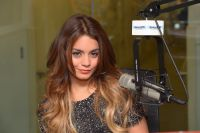 Celebrities Wonder 79744257_vanessa-hudgens-SiriusXM-Studios_7.JPG