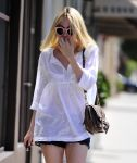 Celebrities Wonder 83917409_dakota-fanning_4.jpg
