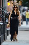 Celebrities Wonder 86695363_jessica-biel-maxi-dress_2.jpg
