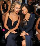 Celebrities Wonder 88398409_taylor-swift-2013-mtv-vma_7.jpg