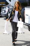 Celebrities Wonder 90971370_jessica-alba-santa-monica_2.jpg
