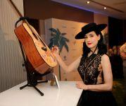 Celebrities Wonder 91662225_dita-von-teese-Its-So-Miami-Lounge_4.jpg