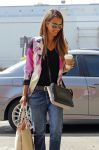 Celebrities Wonder 97438242_jessica-alba_4.jpg