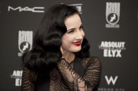 Celebrities Wonder 97614590_dita-von-teese-opening-night-club_6.jpg