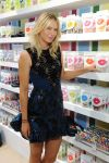 Celebrities Wonder 99129482_maria-sharapova-Sugarpova-Accessory-Collection-Launch_6.jpg