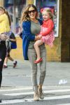 Celebrities Wonder 12739943_sarah-jessica-parker-with-her-twins_6.jpg