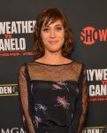 Celebrities Wonder 13713573_Floyd-Mayweather-Jr-vs-Canelo-Alvarez-pre-party_Lizzy Caplan 2.jpg