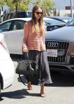 Celebrities Wonder 16240521_jessica-alba-meeting_3.jpg