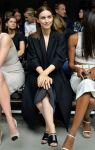 Celebrities Wonder 18223370_calvin-klein-spring-2014-front-row_5.jpg
