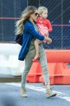 Celebrities Wonder 21685278_sarah-jessica-parker-with-her-twins_3.jpg