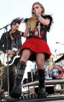 Celebrities Wonder 27718211_iHeartRadio-Music-Festival -2013-day-2_Avril Lavigne 1.JPG