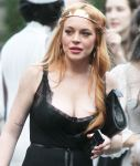 Celebrities Wonder 28866668_lindsay-lohan-Saints-of-the-Zodiac-fashion-show_8.JPG