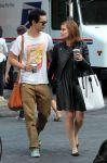 Celebrities Wonder 30813608_kate-mara-with-her-boyfriend-Max-Minghella_1.jpg