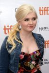 Celebrities Wonder 32642178_toronto-2013-August-Osage-County_Abigail Breslin 4.jpg