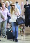 Celebrities Wonder 32873571_amanda-seyfired-lax-airport_3.jpg