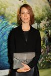 Celebrities Wonder 33677791_mulberry-spring-2014-front-row_Rebecca Hall 4.jpg