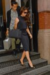 Celebrities Wonder 37271327_victoria-beckham-jcrew_4.jpg