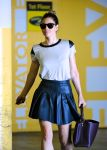 Celebrities Wonder 39863631_jessica-biel-office_7.jpg