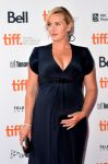 Celebrities Wonder 43050683_kate-winslet-labor-day-toronto_5.jpg