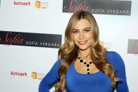 Celebrities Wonder 43959046_sofia-vergara-2013-fall-and-holiday-collection_4.jpg