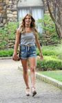 Celebrities Wonder 53178445_ashley-greene-on-the-set-of Staten-Island-Summer-in-NY_2.jpg