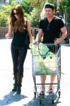 Celebrities Wonder 53538094_kate-beckinsale-shopping_2.jpg