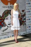 Celebrities Wonder 62386723_Dakota-Fanning-at-Rio-Film-Festival_1.jpg